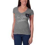 New York Yankees '47 Women's Harbour V-Neck Pocket T-Shirt - Heathered Gray