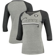 Derek Carr Oakland Raiders Women's Juniors Over the Line Player Name & Number Tri-Blend 3/4-Sleeve V-Notch T-Shirt - Heathered G